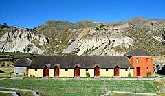 colca-lodge-Tourist-class