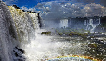 iguazu-falls-view-to-argentine-side