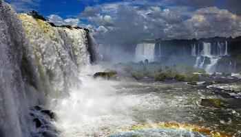 iguazu-falls-view-to-argentine-side