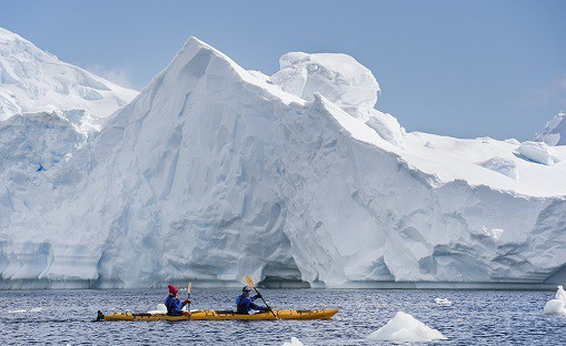 Kayking among icebergs in the Errera Channel