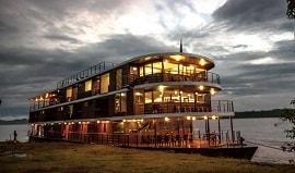 mv-anakonda-luxury-cruise-boat-ecuadorian-rainforest