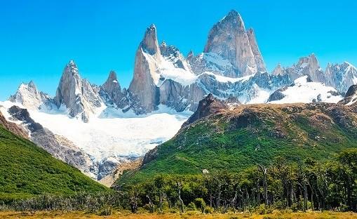 mt-fitz-roy-in-los-glaciares-national-park-patagonia-argentinas