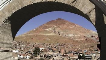 potosi-cerro-rico-silver-mountain-bolivia