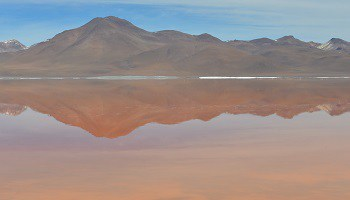 red-lagoon-eduardo-abaroa-national-reserve-bolivia