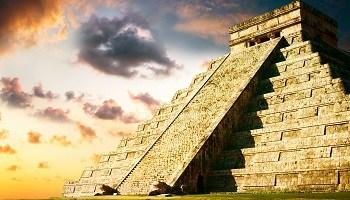 chichen-itza-yucutan-mexico