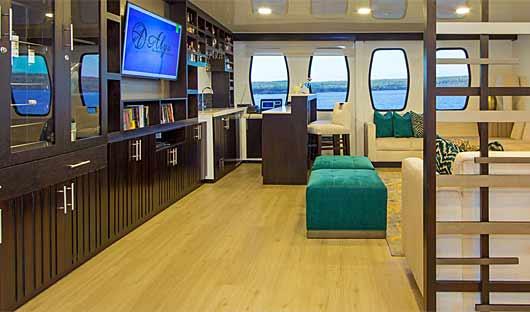 Alya Galapagos Boat - Lounge