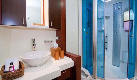 cormorant-bathroom