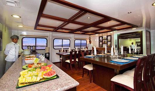 cormorant-dining-room
