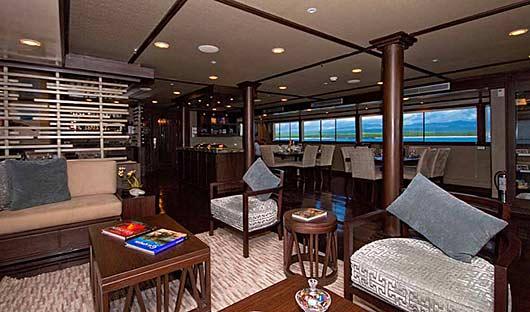 grand-odyssey-lounge