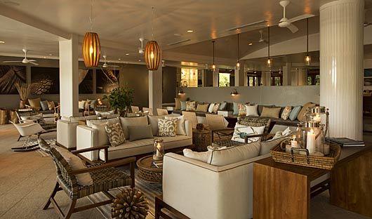 lounge-finch-bay-hotel