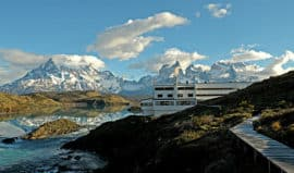 hotel-exterior-patagonia