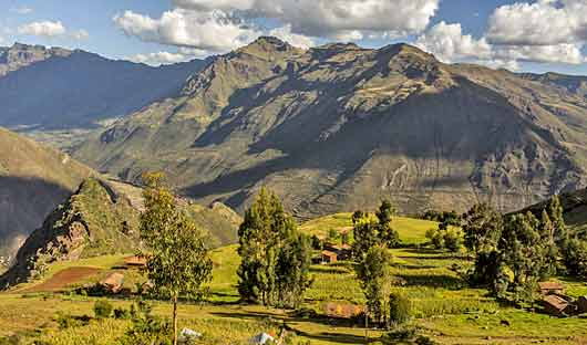 peaks Sacred Valley and Lares Adventure