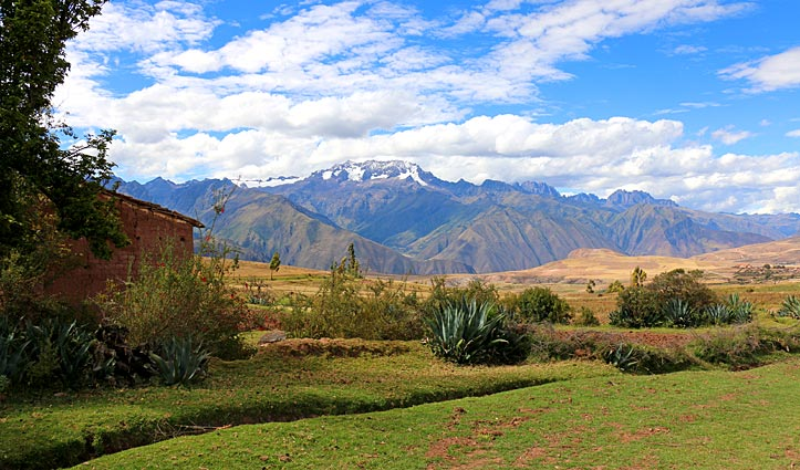 The Sacred Valley between Moray and Moras