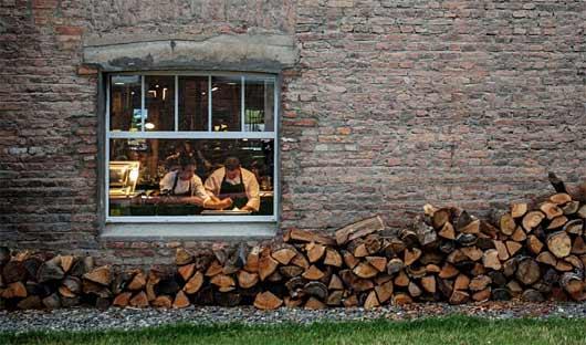 Singular Patagonia kitchen
