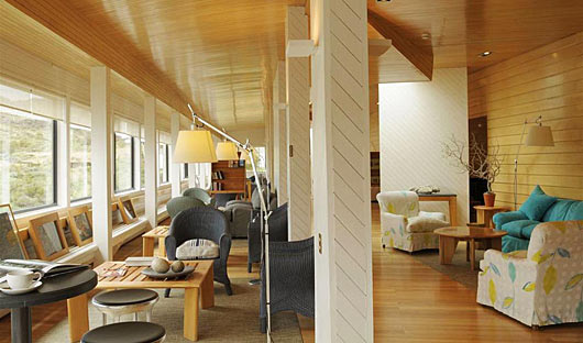 Explora-Hotel-Lounge