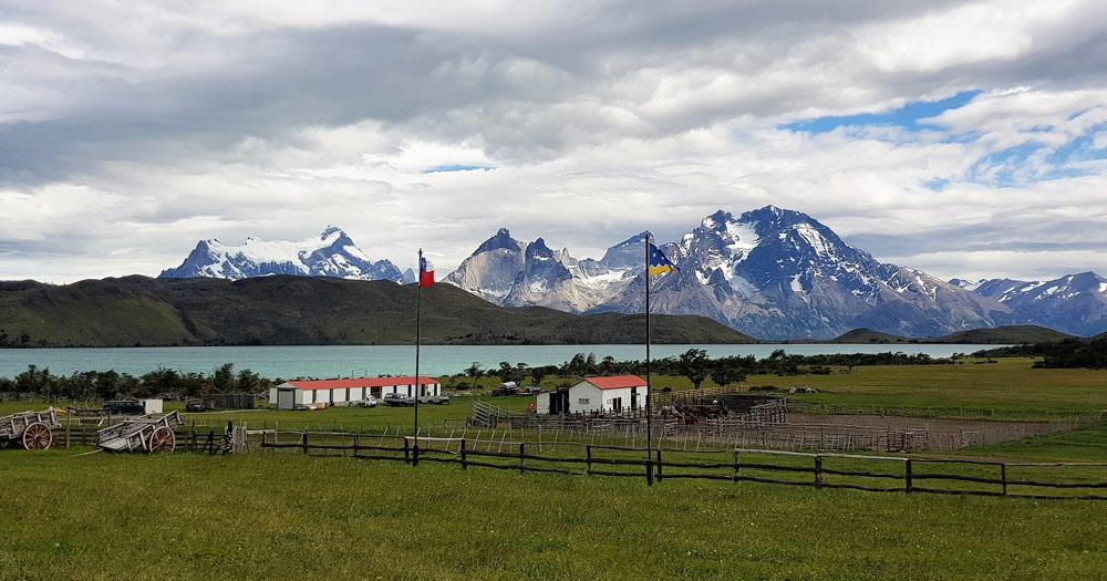 Torres del Paine, Region de Magellanes y de la Antarctica, Chile by Ian Kemp