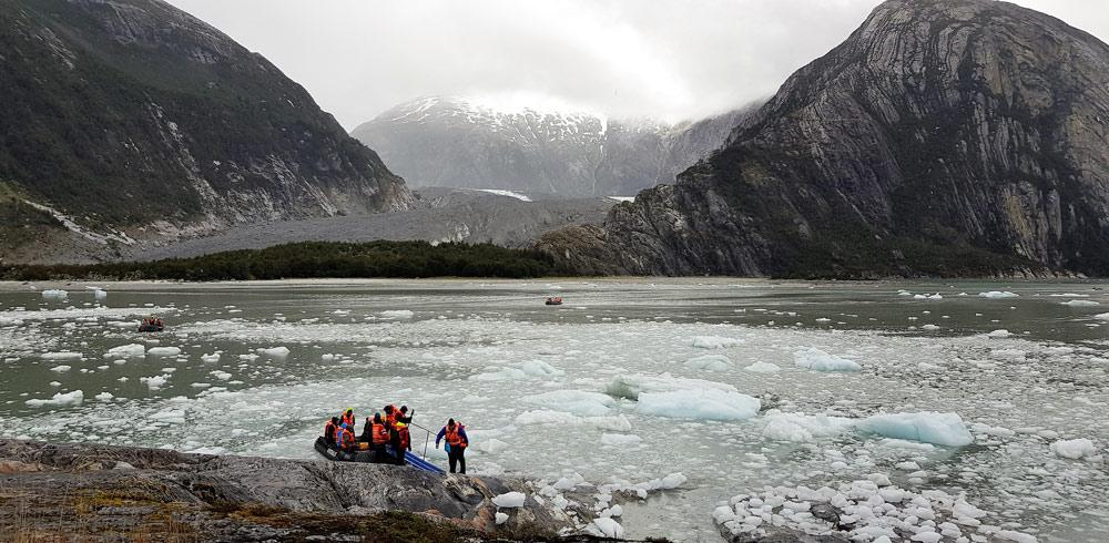 Parque nacional Alberto de Agostine, Chile by Ian Kemp