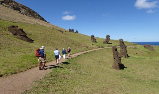 Easter Island explora Rapa nui