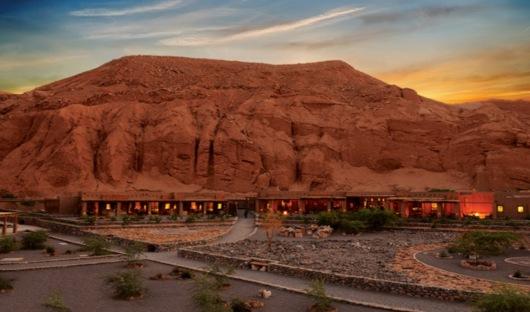 Alto Atacama with Backdrop