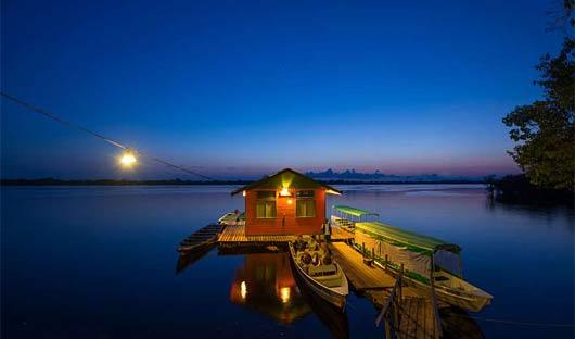Anavilhanas Lodge Pier