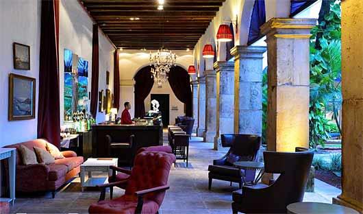 Pestana Convento do Carmo Bar