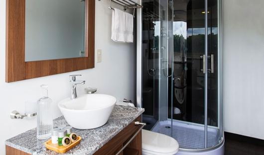 Bathroom Standard Cabin Anakonda
