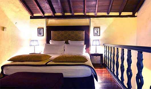Pestana Convento do Carmo King Loft Suite