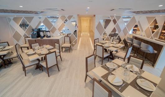 Dining Area Galapagos Elite