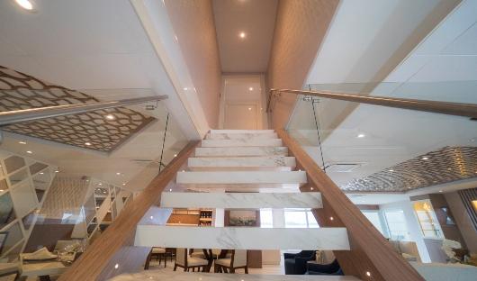 Elite Internal stairway