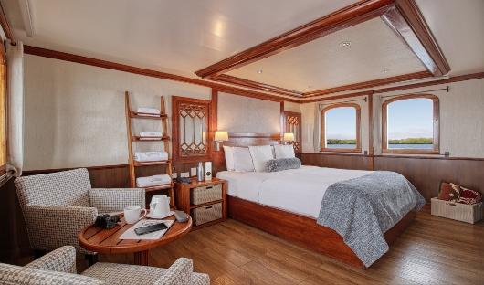 MY Grace Albert Deck Master Suite