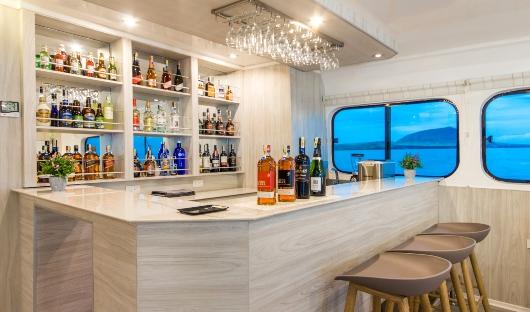 Solaris Bar
