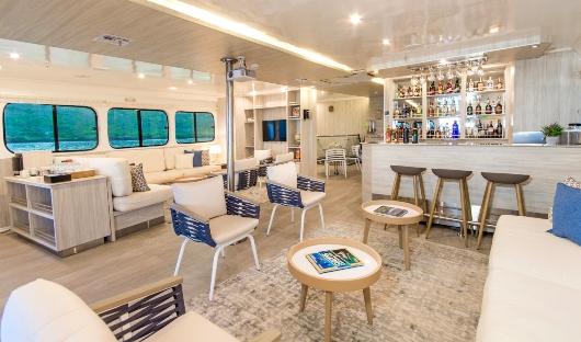 Solaris Lounge