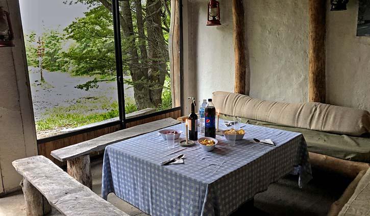 Lake Esmeralda Dinner, hiking day tours Ushuaia
