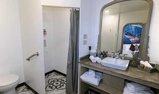MT Camila Bathroom