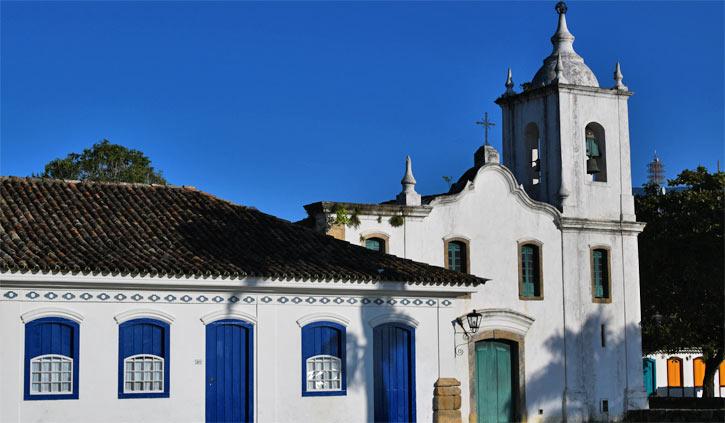 Paraty Church at dawn