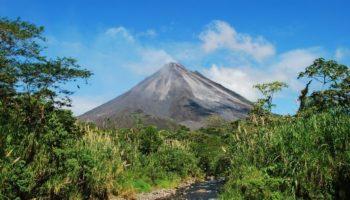 Arenal Volcano_shutterstock 231464215
